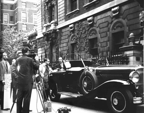 Glimpses of 1960s NYC