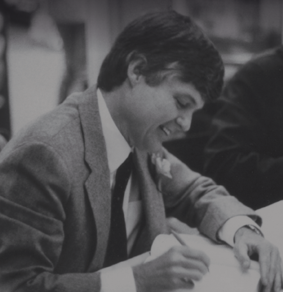 Bill Borah signing The Second Battle of New Orleans at the Garden District Bookstore, 1981. | Courtesy of Louisiana Landmarks Society